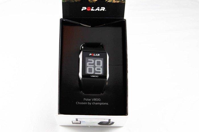 Polar V800, caja