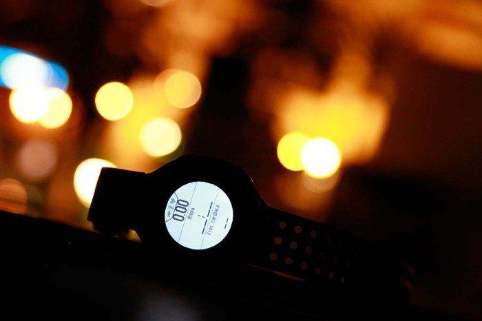 Iluminación pantalla Garmin Forerunner 220