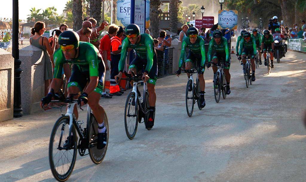 Comienzo de La Vuelta en Marbella. Conociendo el circuito y viendo la carrera. 1