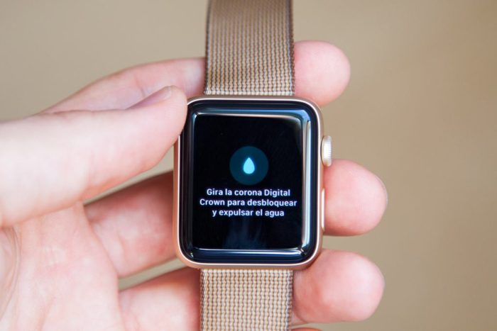 Apple Watch Series 2 - Girar la corona para desbloquear