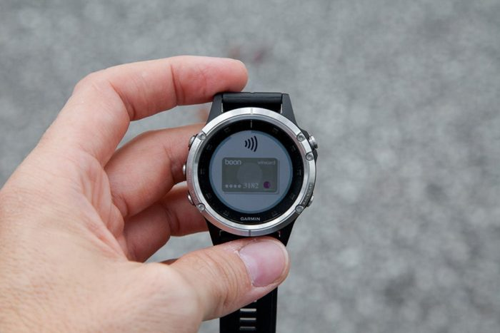 Garmin Fenix 5 Plus - Pago inalámbrico
