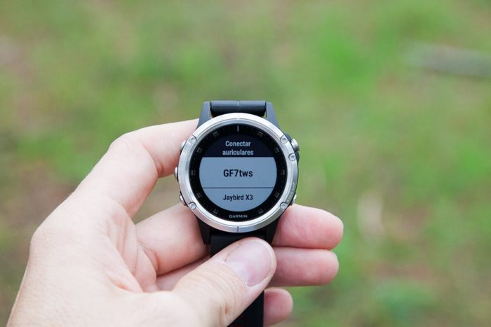 Garmin Fenix 5 Plus - Headset