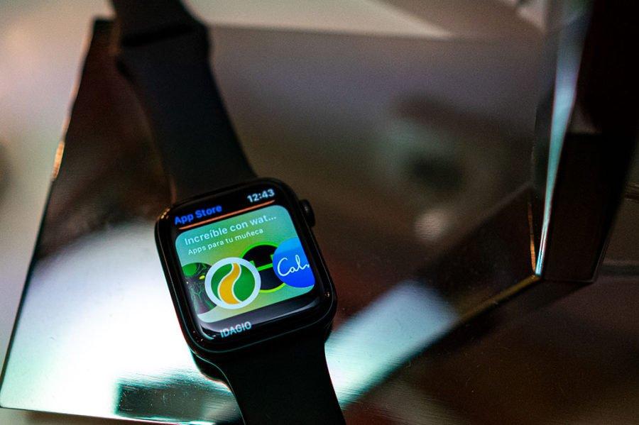 Apple Watch Series 5 - App Store