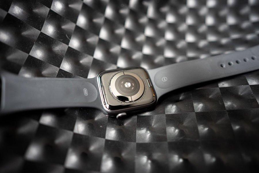 Apple Watch Series 5 - Sensor pulso óptico