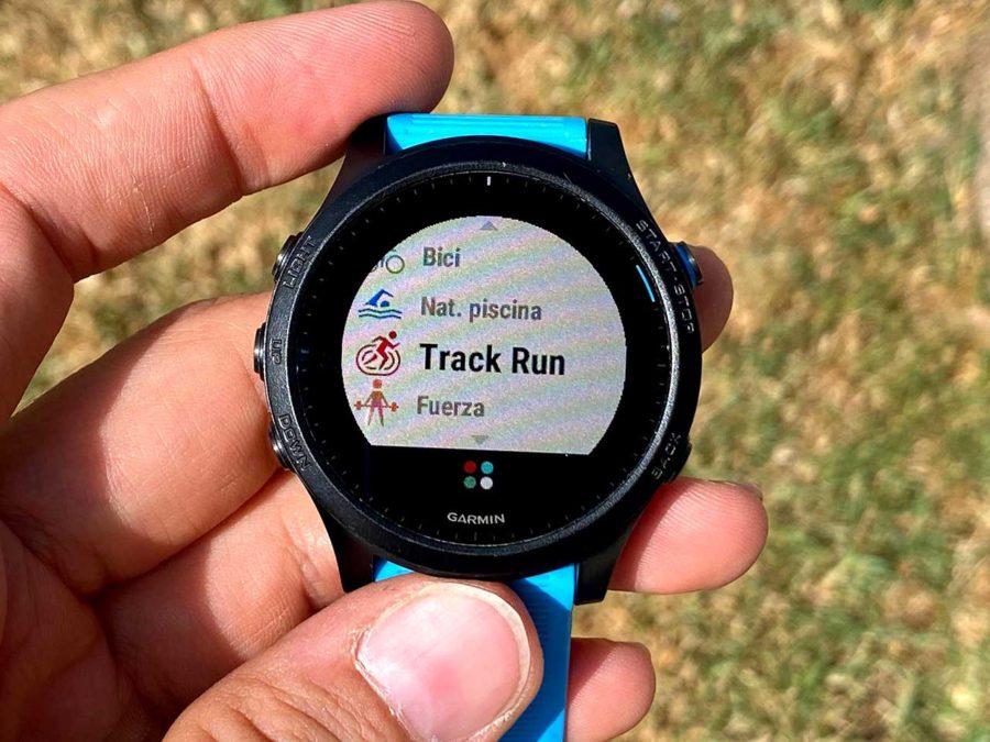 Garmin Forerunner 945 - Track Run