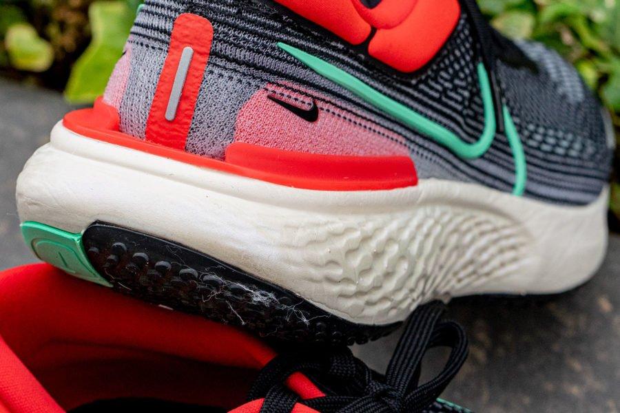 Mediasuela Nike ZoomX Invincible Run