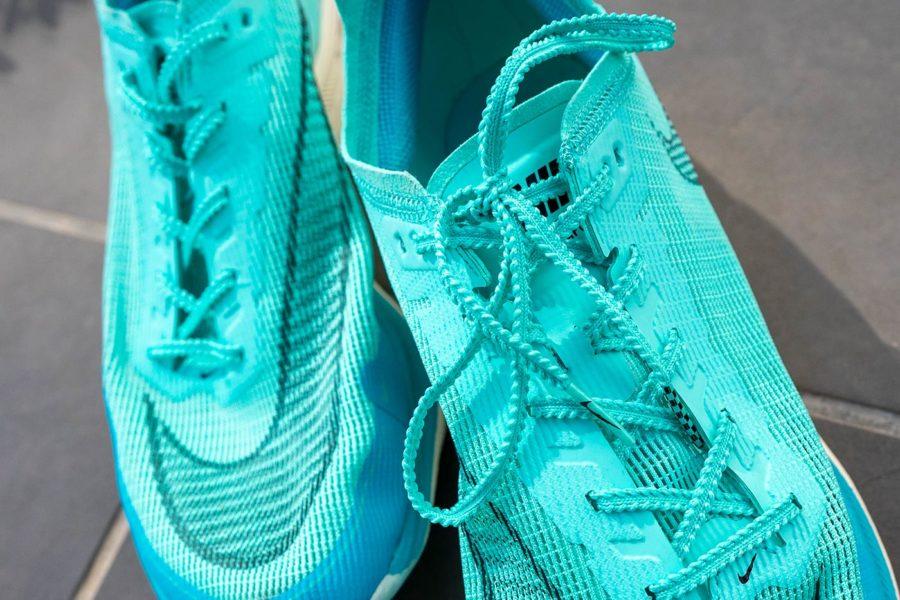 Review Nike Vaporfly NEXT% 2 - Cordones